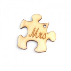 """Ξύλινο Μοτίφ Παζλ """"Mrs"""" 28x29mm - ΚΩΔ:76040279-NG"""