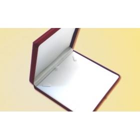 ΒΕΛΟΥΤΕ ΚΟΥΤΙ ΚΟΛΙΕ 16.5 x 16.5 x 2.7 cm  ΜΠΟΡΝΤΩ - ΚΩΔ: 206005