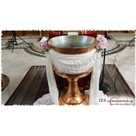 Ανθοστολισμος Κολυμπηθρας Βαπτισης Με Γαζα Και Μπουκετα Με Τριανταφυλλα - ΚΩΔ.:Oneiro-1406-Kl